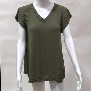 Buffalo V neck top
